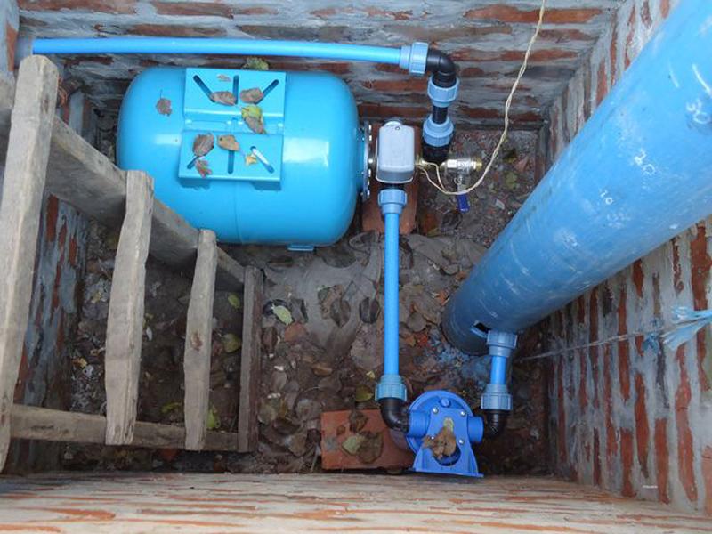 Монтаж водопровода от скважины
